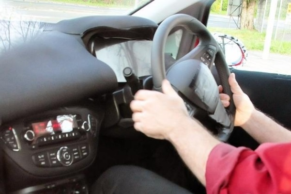 Noul Opel Corsa E interior