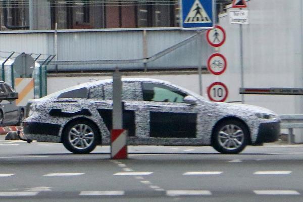Noul Opel Insignia poze spion