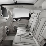 Noua generatie a lui Audi Q7 interior spate
