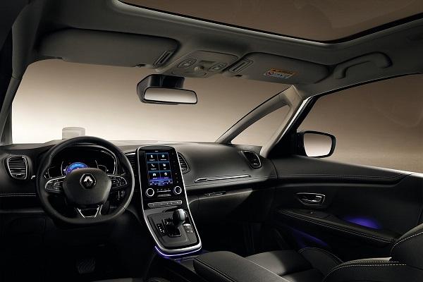 Noul Renault Grand Scenic 2016 interior