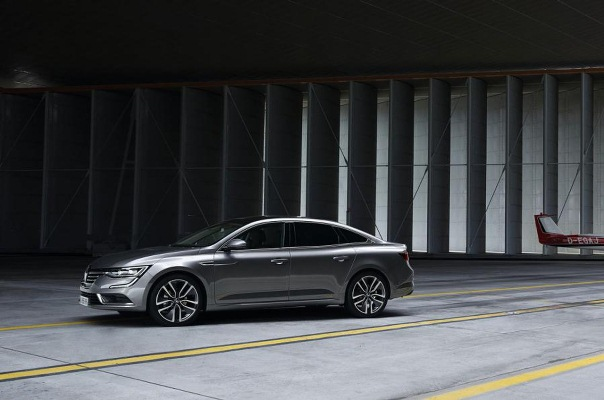 Noul Renault Talisman imagini lateral