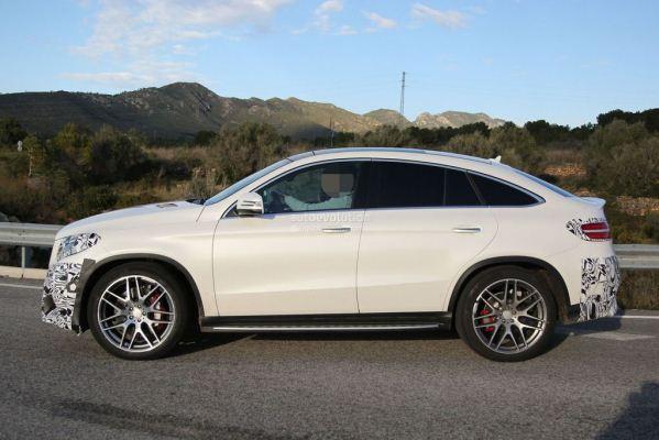 Noul SUV Mercedes GLE Coupe pentru 2015 la teste