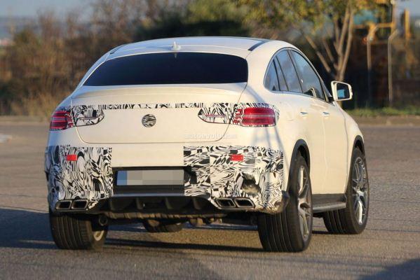 Noul SUV Mercedes GLE Coupe pentru 2015 spate