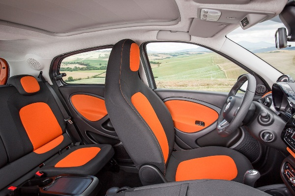 Noul Smart ForTwo 2014 interior