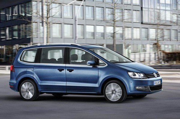 Noul VW Sharan 2015 facelift lateral