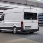 Noul Volkswagen Crafter foto spate