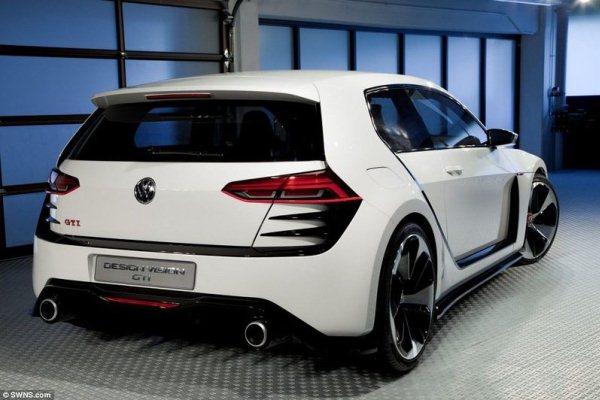 Noul Volkswagen Golf GTI Concept spate