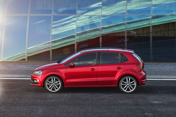 Noul Volkswagen Polo 2014 lateral