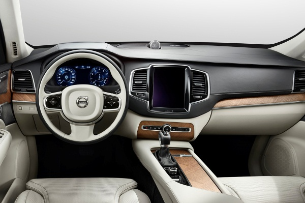 Noul Volvo XC90 2014 interior
