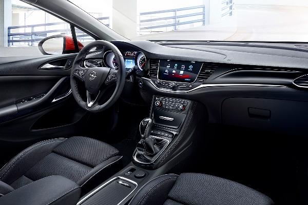 Opel Astra K interior
