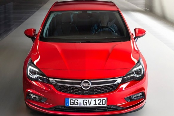 Opel Astra K red fata