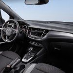 Opel Crossland X 2017 interior