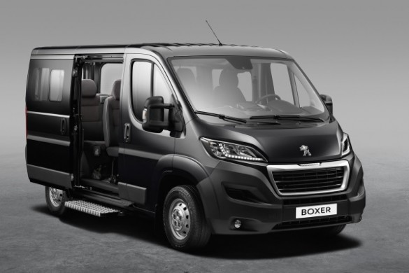 noul fiat ducato facelift 2014 a debutat simultan cu jumper si boxer. Black Bedroom Furniture Sets. Home Design Ideas