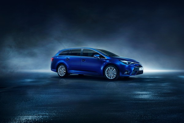 Toyota Avensis break 2015 facelift