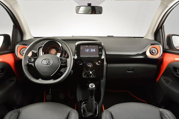 Toyota Aygo 2014 interior