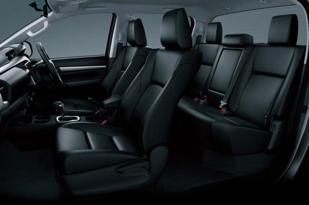 Toyota Hilux 2015 Double Cab 5 locuri