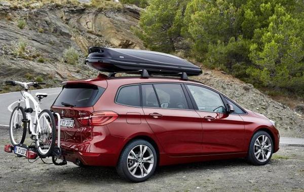Van BMW cu 7 locuri - 2 series Gran Tourer lateral
