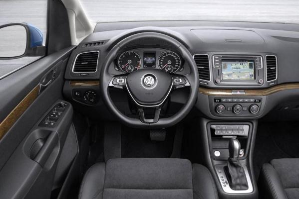 Volkswagen Sharan facelift 2015 interior 2