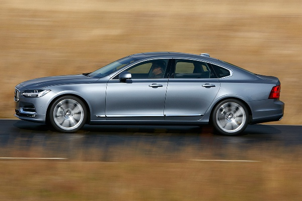 Volvo S90 2016 lateral