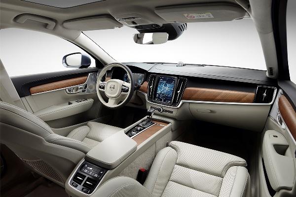 Volvo S90 foto interior