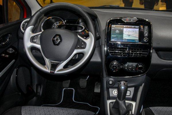 noul Renault Clio interior